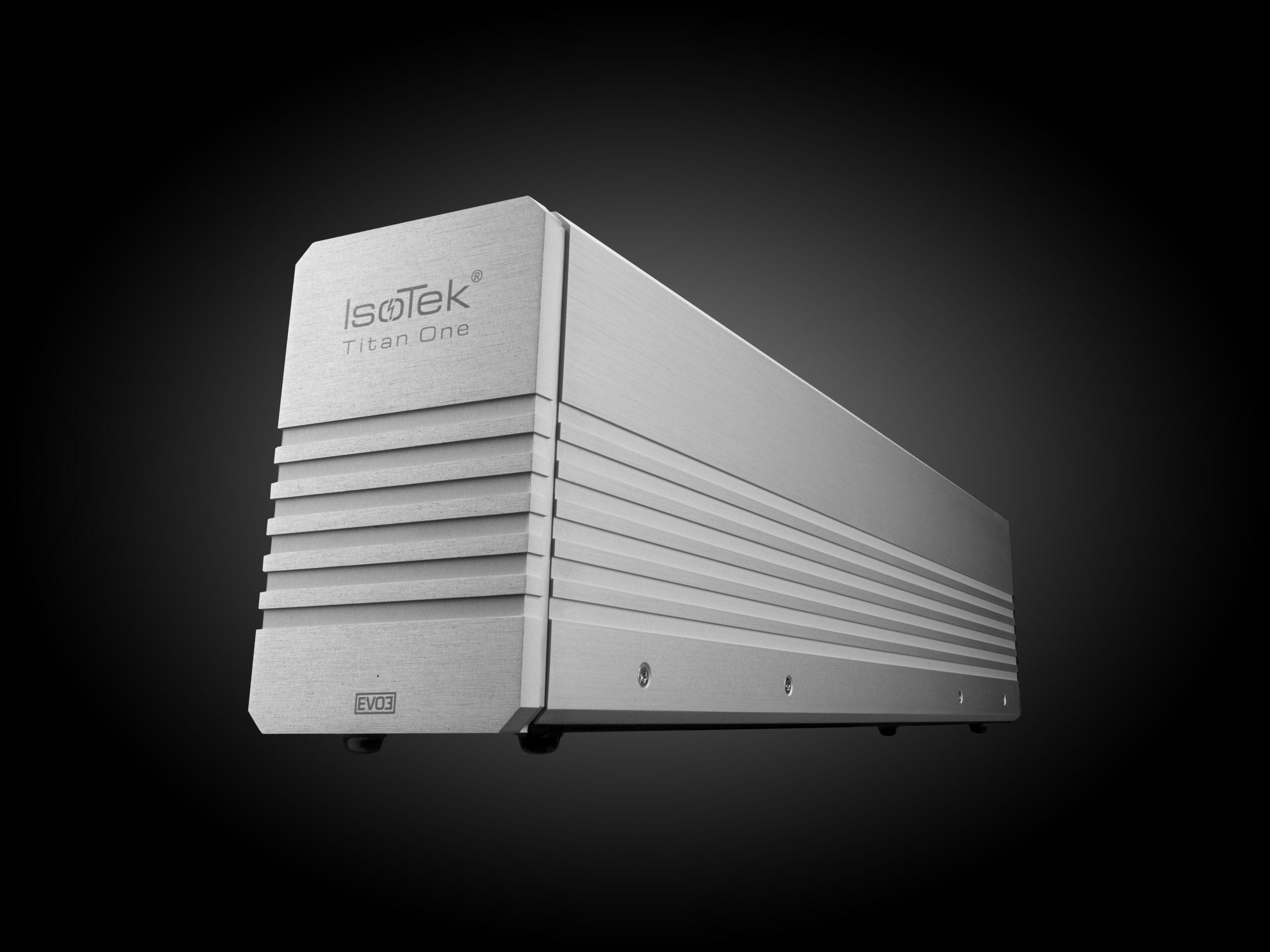 Isotek EVO3 Titan One Powerconditioner (vermogensversterkers)